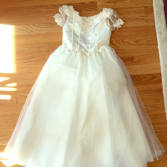 bb55dd921e86 Santa Monica Flower girl/ first Communion dress. M_5a75e5a8fcdc31e13c023dc1